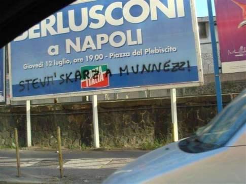 """Berlusconi e la""""munnizza"""""""